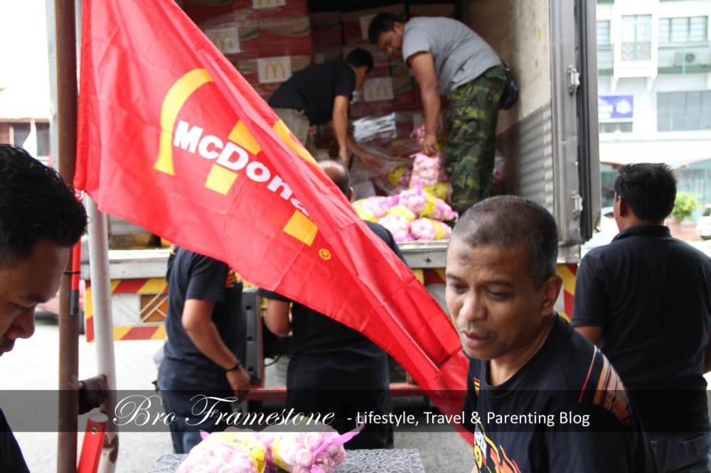 McDonald's Malaysia and RMHC Extend Support to Flood Victims