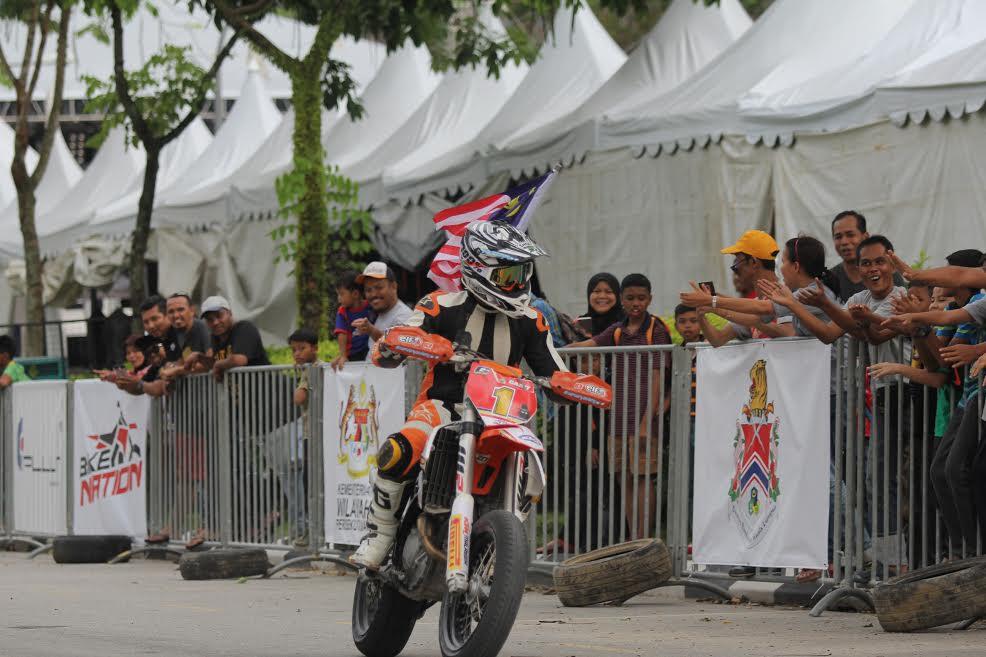Gabit Took Top Spot 2017 Malaysian SuperMoto Championship (MSMC)