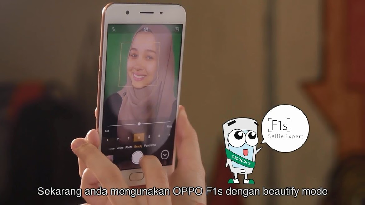 Emma Maembong taking Selfie with OPPO F1s