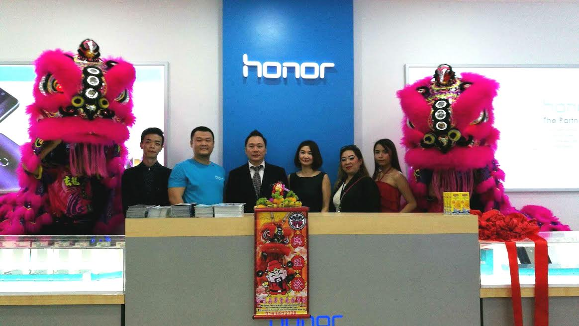 Honor Malaysia - First Concept Store at Plaza Lowyat