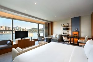 Premier Sea View Room Kerry Hotel, Hong Kong
