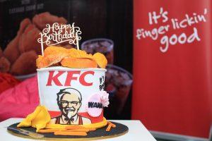 KFC Bucket Berganda Birthday Bucket for Wana