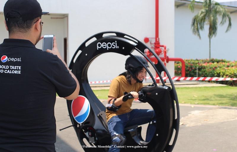 Pepsi Futuristic Monobike