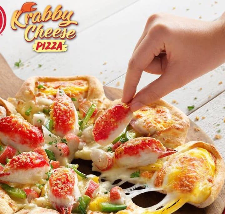 "Pizza Hut Malaysia Started off 2019 With Its New ""Krabby Cheese"" Pizza"