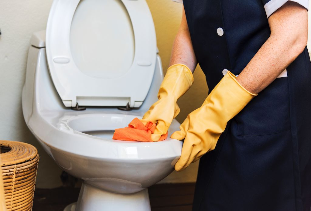 cleaning your bathrooms