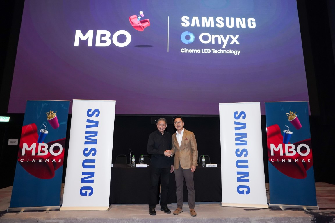 CEO of MBO Cinemas with President of Samsung Malaysia Electronics - Samsung Onyx Theatre