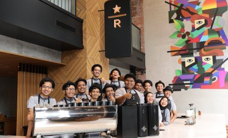 Starbucks Malaysia's 300th Store at Bukit Bintang Junction